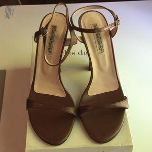 Charles David size 9 shoes. Color: Dime